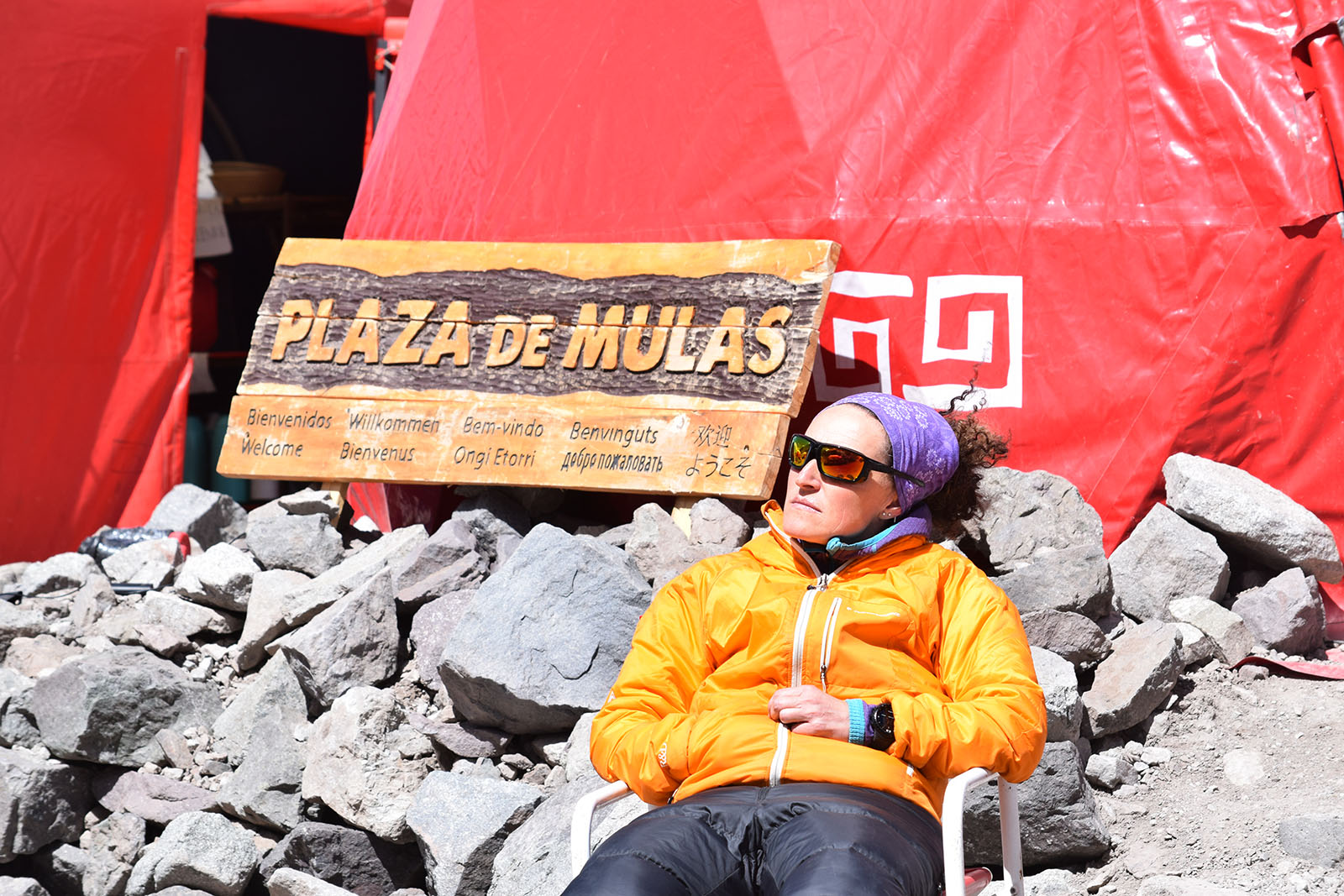 Resting in Plaza de Mulas