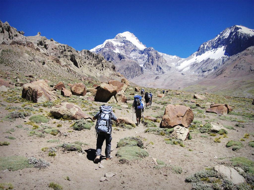 Plaza argentina trekking