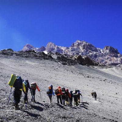 14-trekking-to-condores02